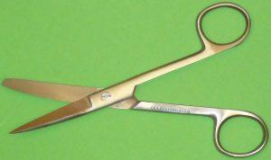 fNabelschere Schere , gebogen spitz/stumpff 14,5 cm
